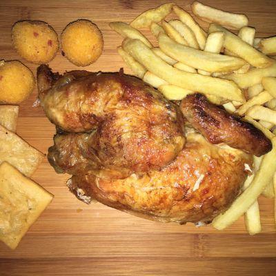 mezzo pollo (patate al forno)